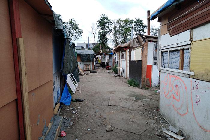 Accès à l'eau potable dans les bidonvilles d'Ile-de-France